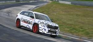 Nowa ŠKODA KODIAQ RS z rekordowym czasem okrążenia na Nürburgringu